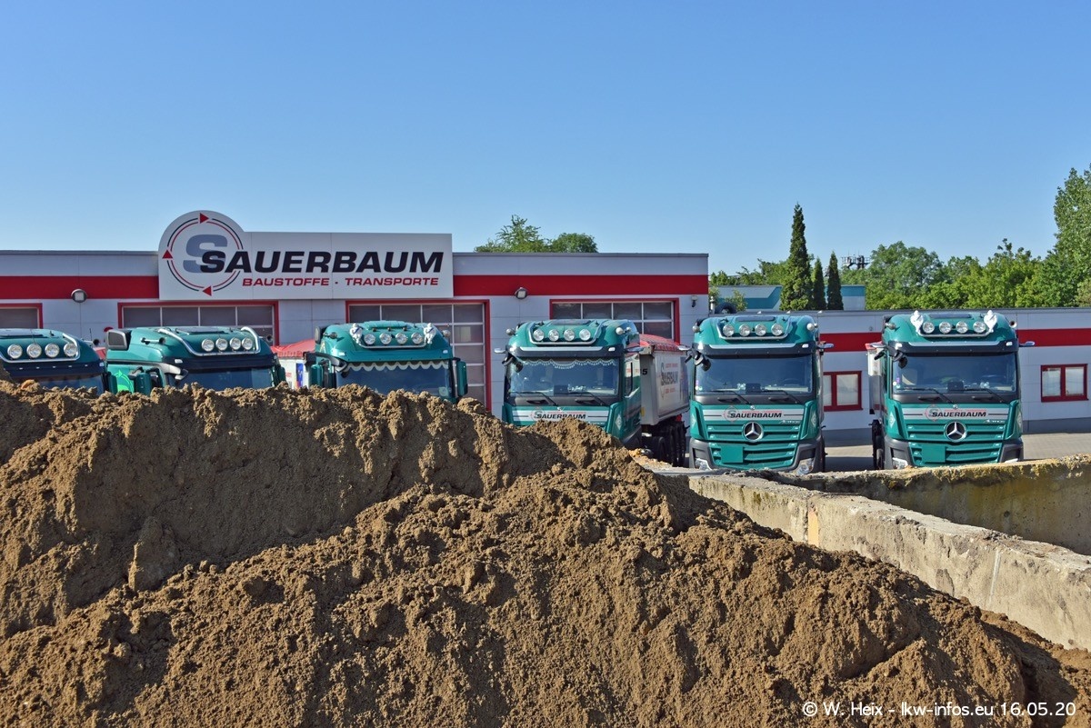 20200516-Sauerbaum-Fotoshooting-00098.jpg