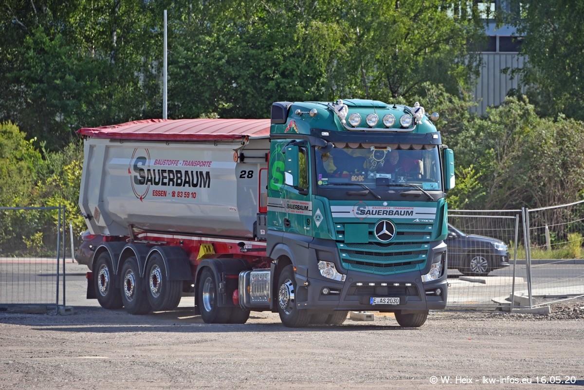 20200516-Sauerbaum-Fotoshooting-00118.jpg