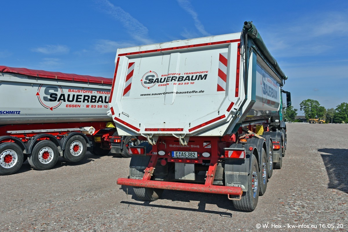 20200516-Sauerbaum-Fotoshooting-00173.jpg