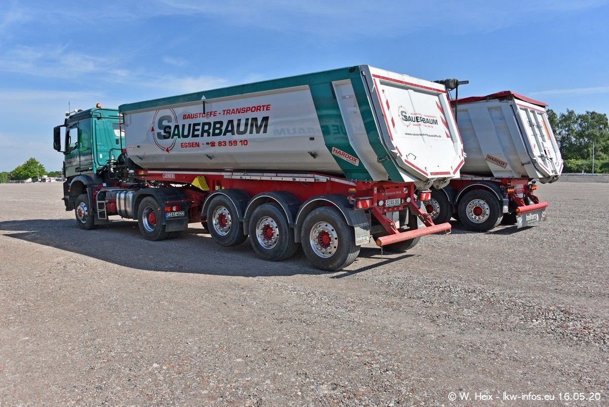 20200516-Sauerbaum-Fotoshooting-00175.jpg