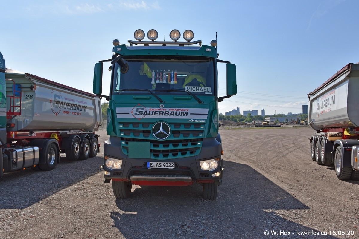 20200516-Sauerbaum-Fotoshooting-00183.jpg