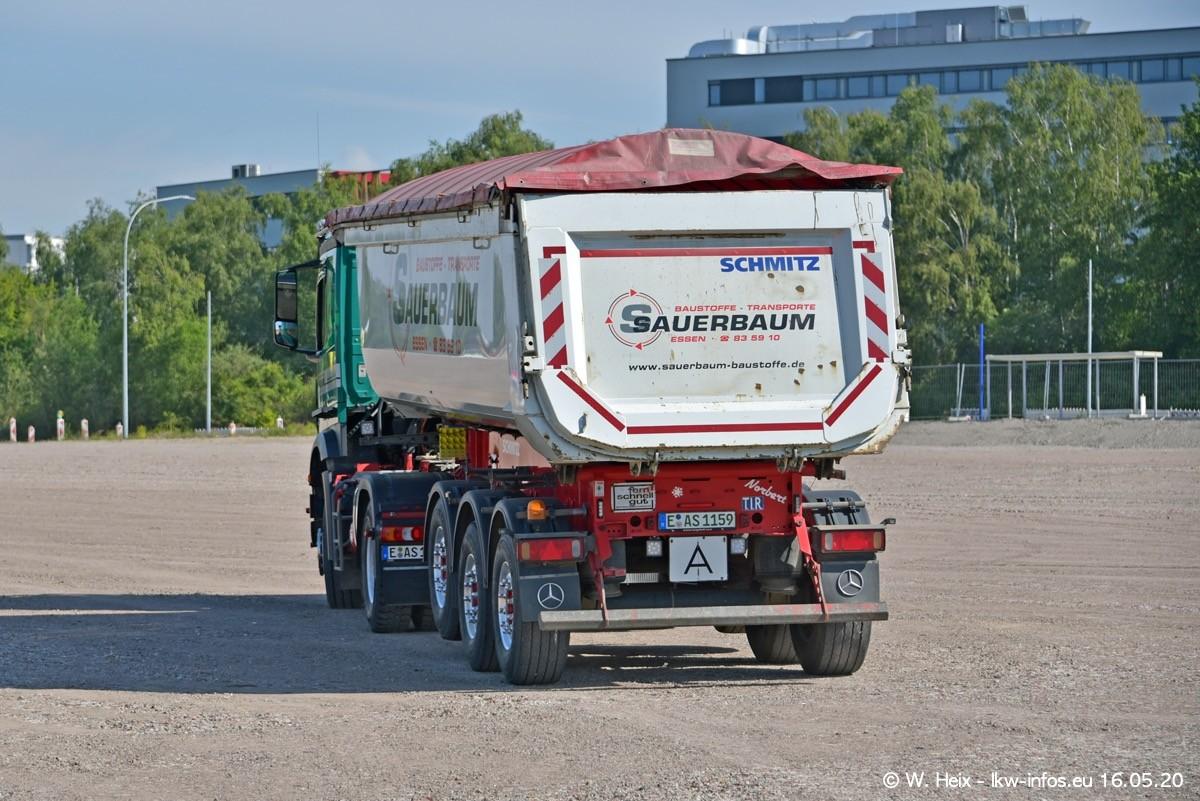 20200516-Sauerbaum-Fotoshooting-00243.jpg