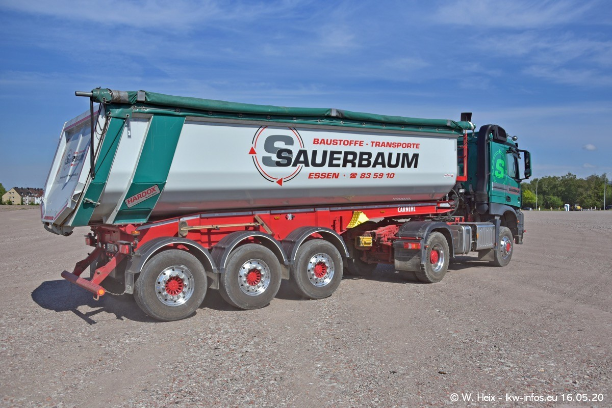 20200516-Sauerbaum-Fotoshooting-00257.jpg