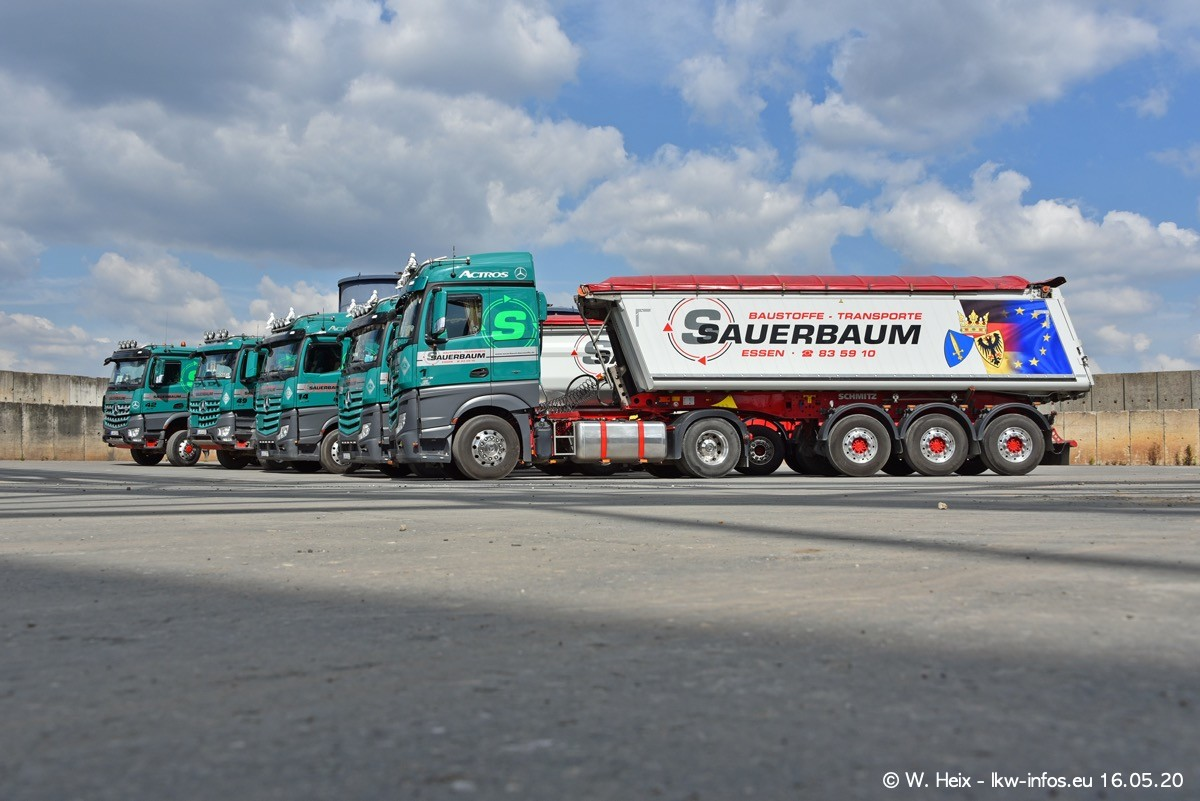 20200516-Sauerbaum-Fotoshooting-00323.jpg