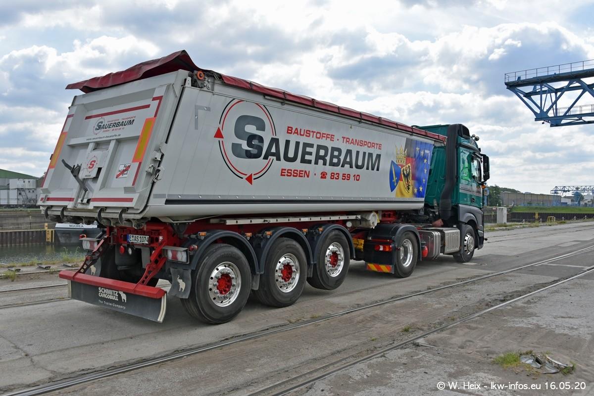 20200516-Sauerbaum-Fotoshooting-00479.jpg