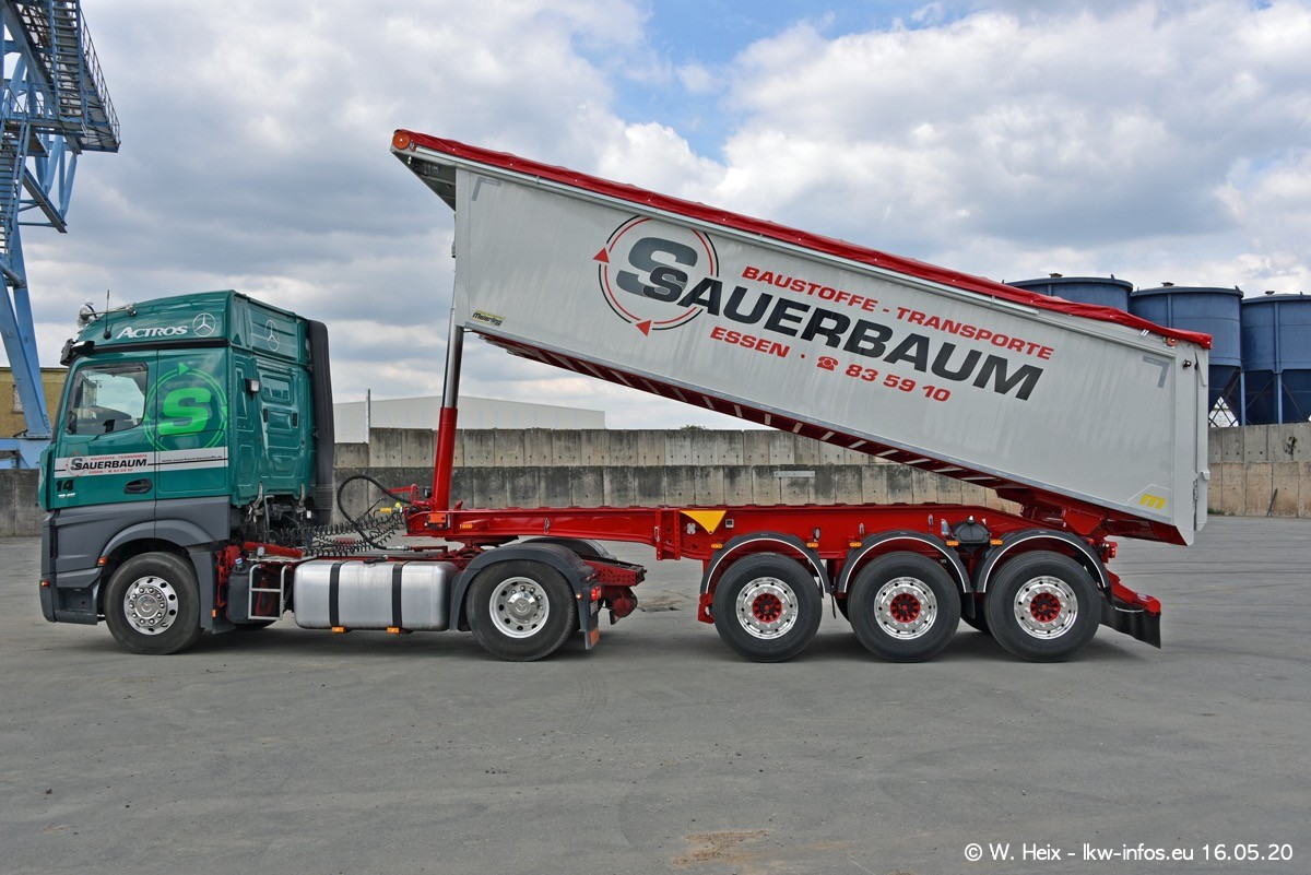 20200516-Sauerbaum-Fotoshooting-00513.jpg