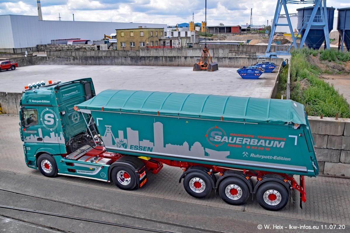20200711-Sauerbaum-Fotoshooting-00564.jpg