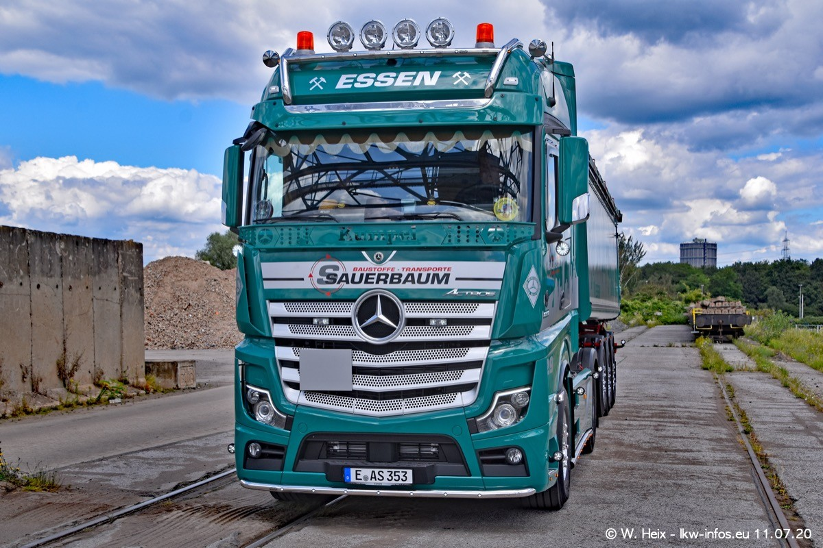 20200711-Sauerbaum-Fotoshooting-00619.jpg