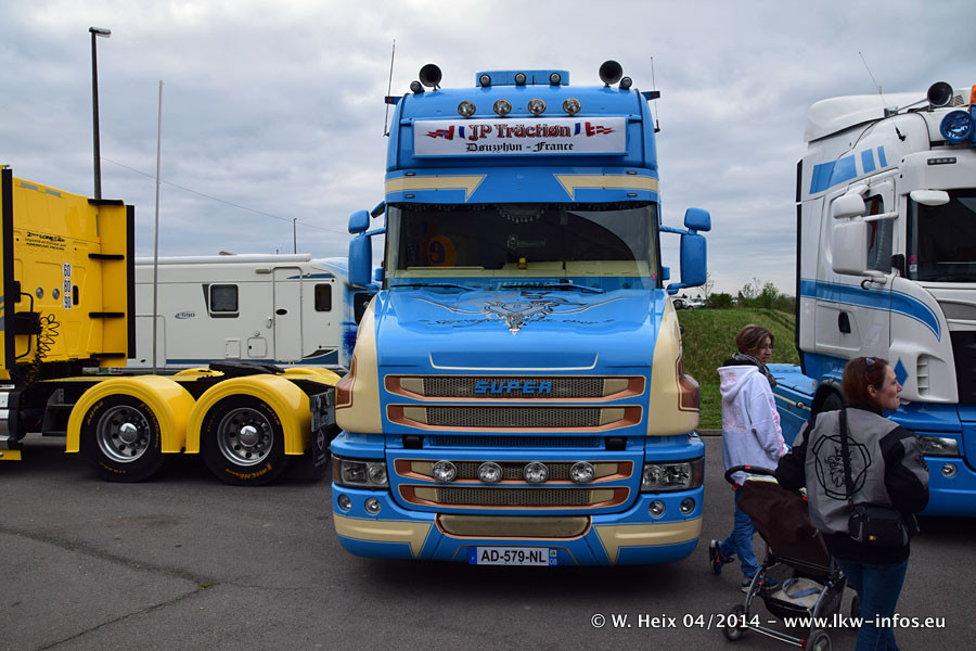 Traction-JP-20141223-021.jpg