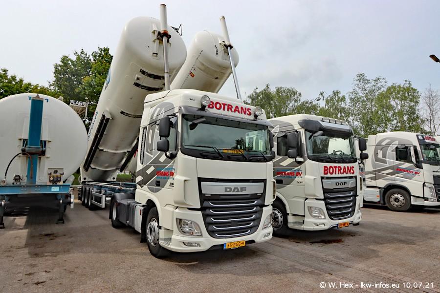 202100710-Vos-R-00142.jpg