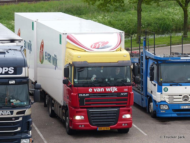 van-Wijk-DS-20130702-001.jpg